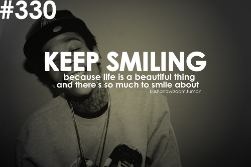Keep Smiling Because Life Is A Bea - Quotespictures.com