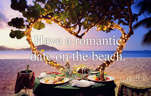 Have a Romantic Date On The Beach